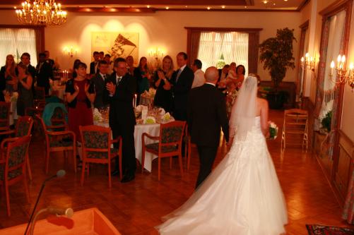 Einmarsch des Brautpaares