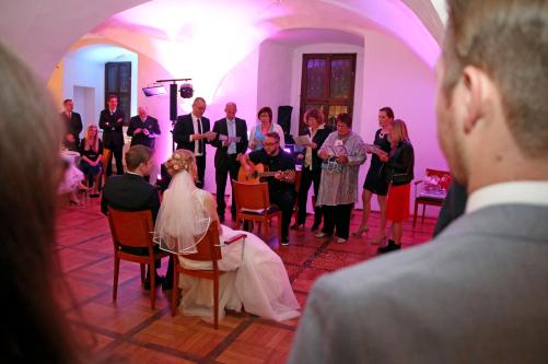 Auftritt fürs Brautpaar